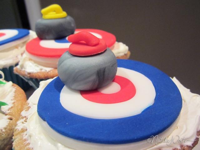 natalieintven_curlingcupcakes_07