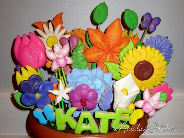 Flower Pot Cookie Bouquet | Natalie Intven