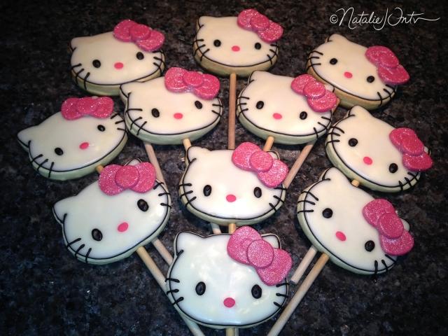natalieintven_hellokittycookiepops_07
